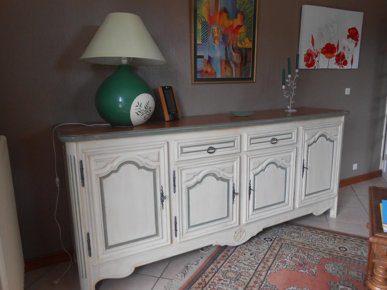 repeindre une chambre rustique id e. Black Bedroom Furniture Sets. Home Design Ideas